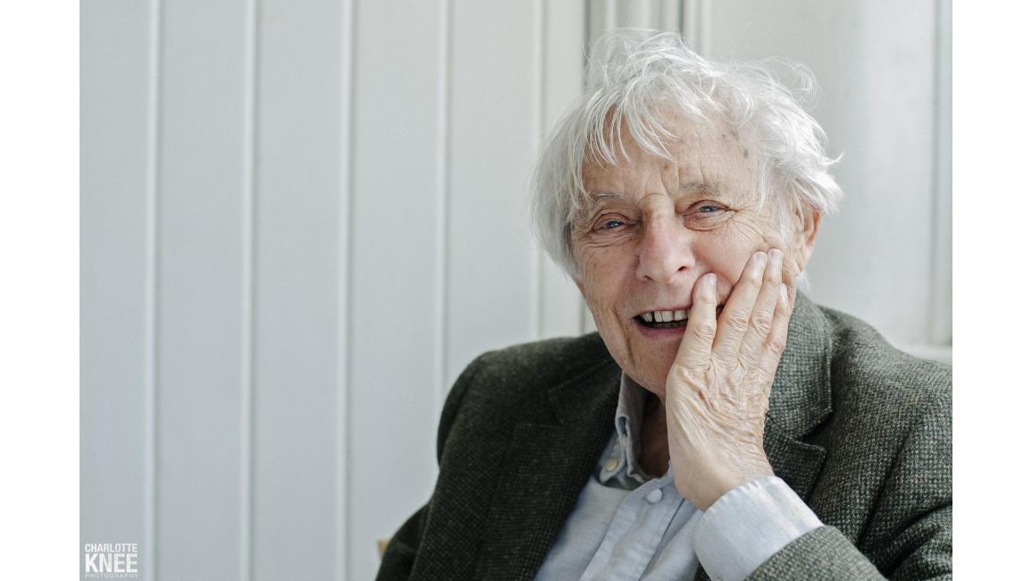 abse poet welsh playwright essayist 1923 in poetry —from robert frost  japanese shōwa period poet, essayist and translator of english-language novels and poetry  dannie abse (died 2014), welsh .