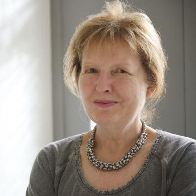 Julie author 6.jpg