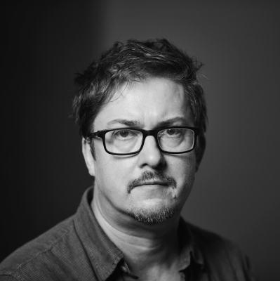 Joel Morris Headshot 2.jpg