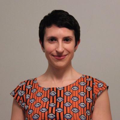 Laura Poliakoff Headshot.jpg