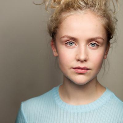 Olivia_Barrowclough headshot 1.jpg
