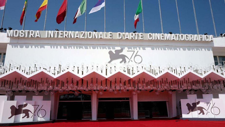 atmosphere_palazzo_del_cinema_during_the_76th_venice_film_festival_-_2-_august_2019-_getty-h_2019.jpg